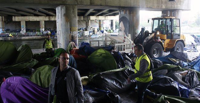 Εκκαθάριση δύο αυτοσχέδιων προσφυγικών καταυλισμών στο Παρίσι