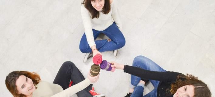 Greenpeace: 300 εκατ. πλαστικά ποτήρια μόνο για καφέ χρησιμοποιούν κάθε χρόνο οι Ελληνες