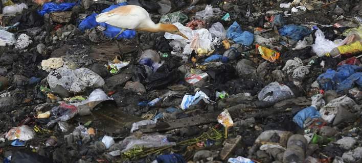 Οι θάλασσες στην Ασία έγιναν ένας παγκόσμιος σκουπιδοτενεκές πλαστικών αποβλήτων