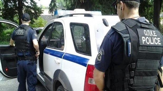 Έθαψαν στην αυλή 1,7 kg ηρωίνης: 14 συλλήψεις σε Τύρναβο, Λάρισα, Τρίκαλα, Καρδίτσα