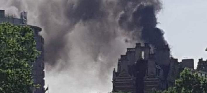 Μεγάλη φωτιά σε ξενοδοχείο στο Λονδίνο [εικόνες]