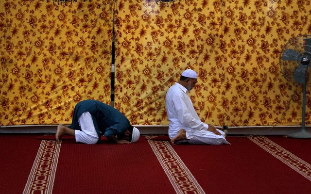 Το Αφγανιστάν ανακοίνωσε εκεχειρία με τους Ταλιμπάν λόγω Ραμαζανίου