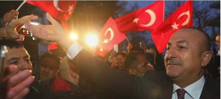 Η Τουρκία διακόπτει τη συμφωνία με την Ελλάδα για τους πρόσφυγες