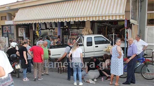 Νεκρός οδηγός οχήματος που «καρφώθηκε» σε κατάστημα στη Καλαμπάκα