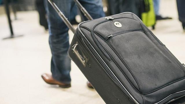 Προσπάθησε να φύγει κρυμμένος μέσα σε βαλίτσα