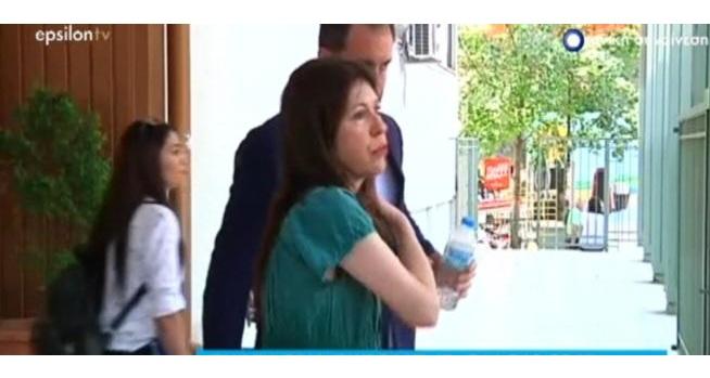 Συντετριμμένη η Άβα Γαλανοπούλου στη δίκη με τον Βολιώτη πρώην σύντροφό της