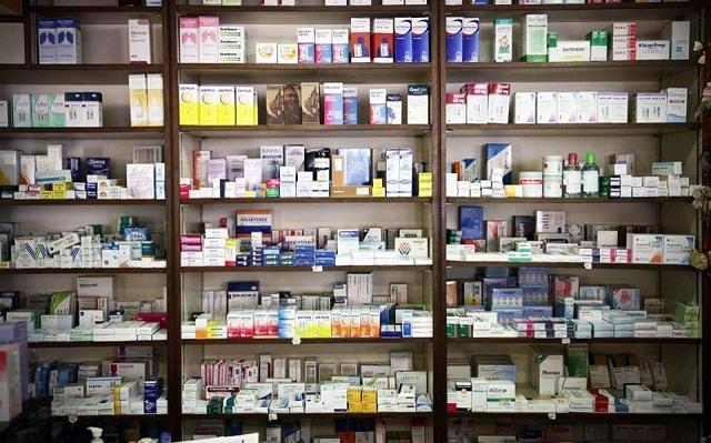 Το υπ. Υγείας «μπλοκάρει» την υποβολή δηλώσεων των φαρμακοβιομηχανιών
