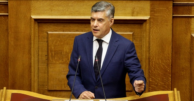 Κ. Αγοραστός στη Βουλή: «Ζητώ συγγνώμη που πίστεψα τον Υπουργό Εσωτερικών»