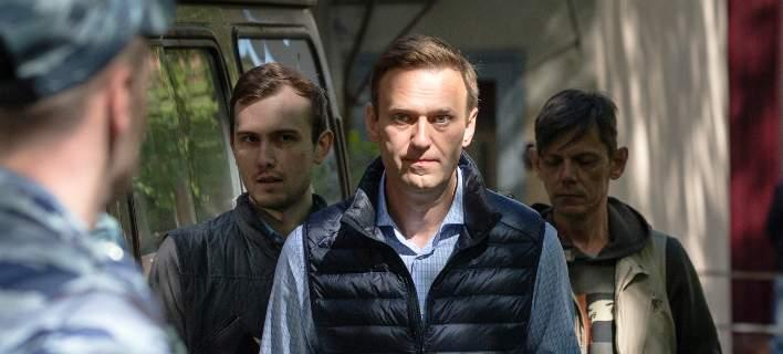 Ρωσία: Ελεύθερος έπειτα από κράτηση 30 ημερών ο αντιπολιτευόμενος Ναβάλνι
