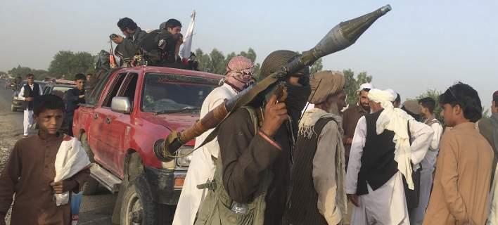Αφγανιστάν: Τέλος στην ολιγοήμερη εκεχειρία -Νέα επίθεση από καμικάζι με 18 νεκρούς