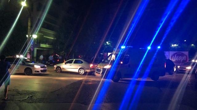 Κινηματογραφική καταδίωξη στη Λάρισα. Αυτοκίνητο προσγειώθηκε σε αυλή σπιτιού