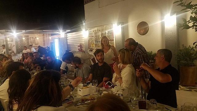 Θερμή υποδοχή των ηθοποιών του «Τατουάζ» στη Σκόπελο