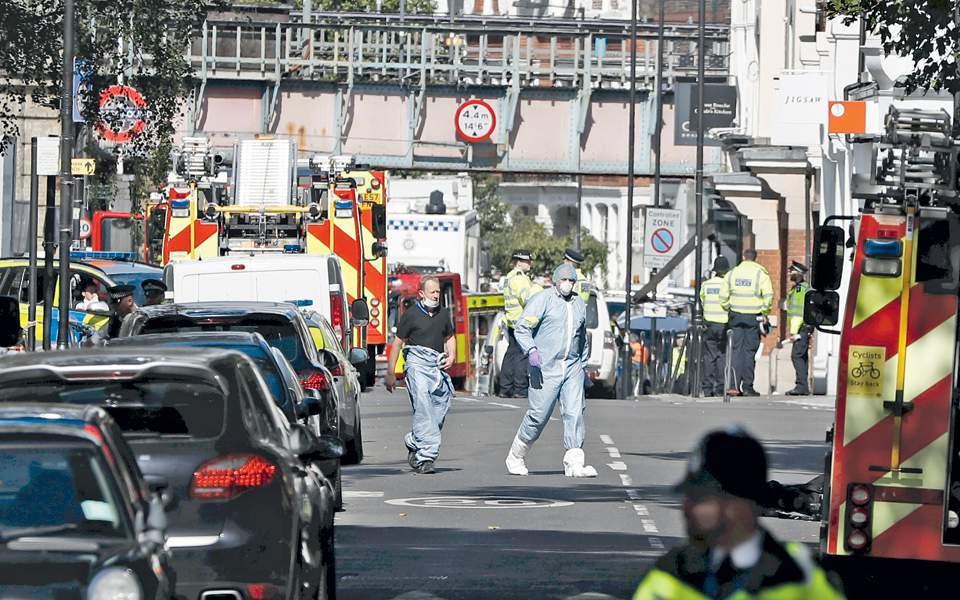 Λονδίνο: Τρένο παρέσυρε και σκότωσε τρεις ανθρώπους