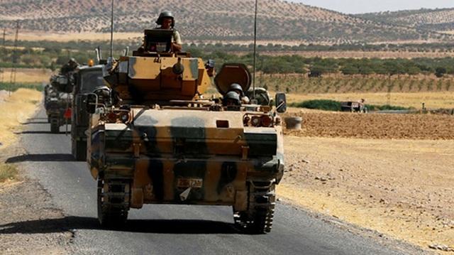 Toυρκικά και αμερικανικά στρατεύματα σε περιπολίες κοντά σε κουρδική πόλη στη Συρία