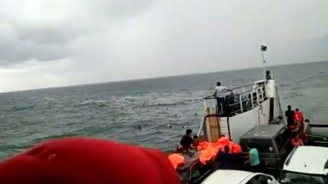 Ινδονησία: Στους 180 οι αγνοούμενοι μετά το ναυάγιο πλοίου