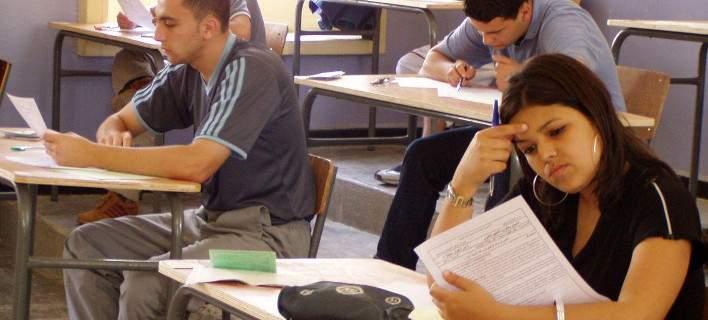 Στην Αλγερία έκοψαν το Ιντερνετ παντού για να μην κάνουν... σκονάκι οι μαθητές!