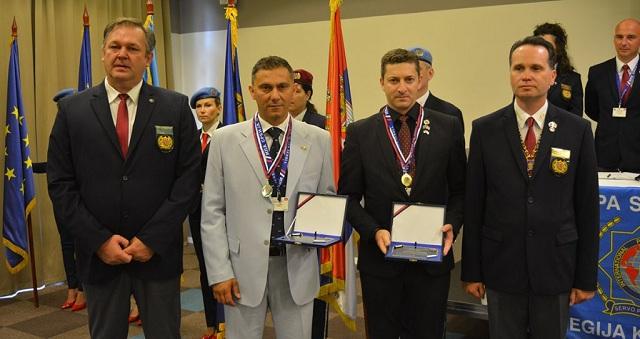 Βράβευση Ελλήνων αστυνομικών στη Σερβία