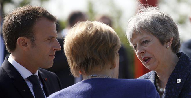 «Απλή» και «φιλική» η αίτηση εγκατάστασης για Ευρωπαίους μετά το Brexit
