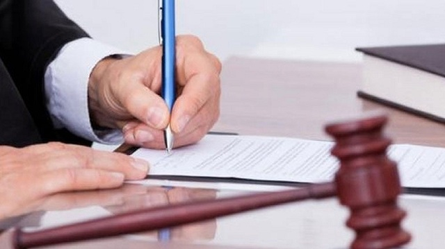 Δανειολήπτρια «κούρεψε» κατά 90% το χρέος της