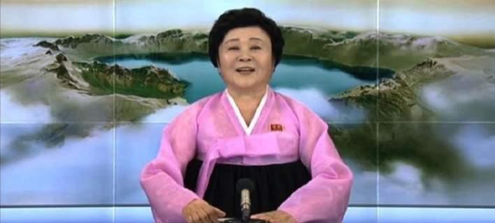 Η τηλεπαροσιάστρια της Β.Κορέας που ο Τραμπ θέλει να πάρει μεταγραφή στις ΗΠΑ [βίντεο]