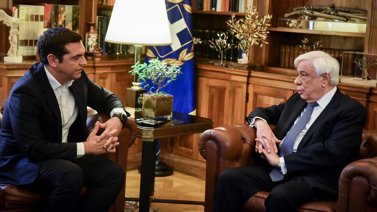 Στις 14:00 έκτακτη συνάντηση Τσίπρα -Παυλόπουλου, στις 18:00 η ΚΟ ΣΥΡΙΖΑ