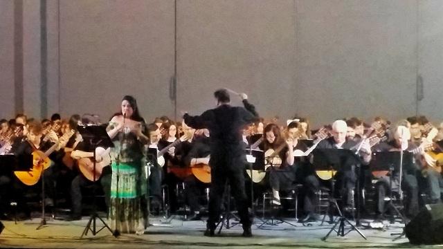 Συγκλόνισε η Κιθαριστική Ορχήστρα Βόλου -Μαγνησίας στο θερινό θέατρο Βόλου