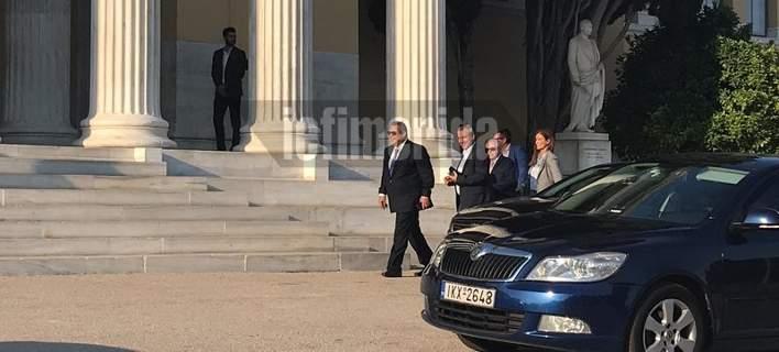 Ζάππειο: Καταφθάνουν υπουργοί και βουλευτές για τη φιέστα. Ποιοι φορούν... γραβάτα [εικόνες]