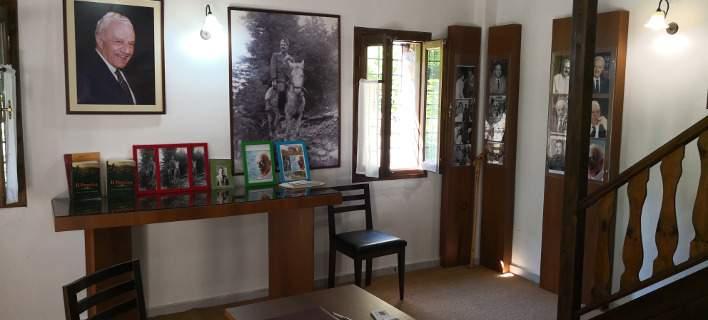 Μουσείο το πέτρινο σπίτι του Χαρίλαου Φλωράκη στην Καρδίτσα, με προσωπικά του αντικείμενα [εικόνες]