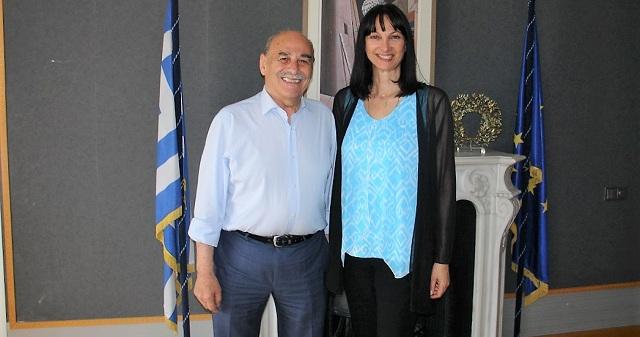 Συνάντηση του δημάρχου Σκιάθου με την υπουργό Τουρισμού