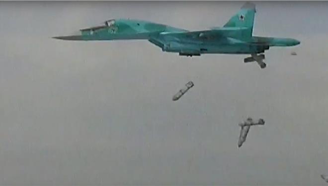 Ρωσικές αεροπορικές επιδρομές στη Συρία