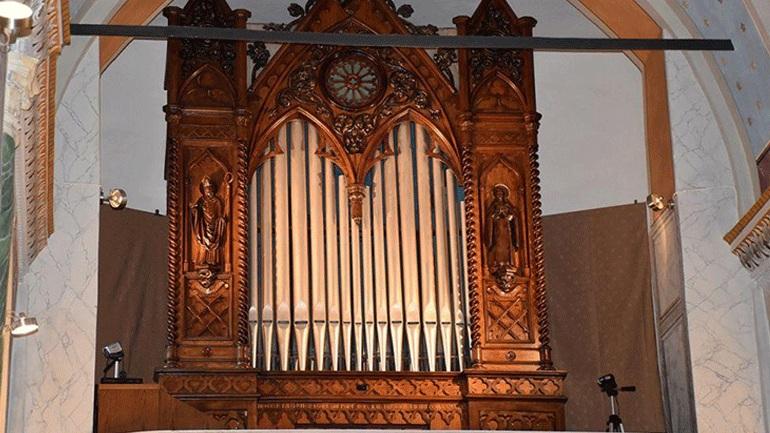 Σύρος: Θα ηχήσει εκ νέου το αρχαιότερο εκκλησιαστικό όργανο στην Ελλάδα