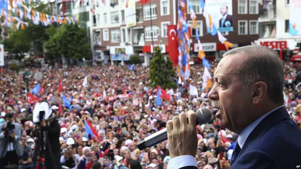 Ξανά πρόεδρος ο Ερντογάν
