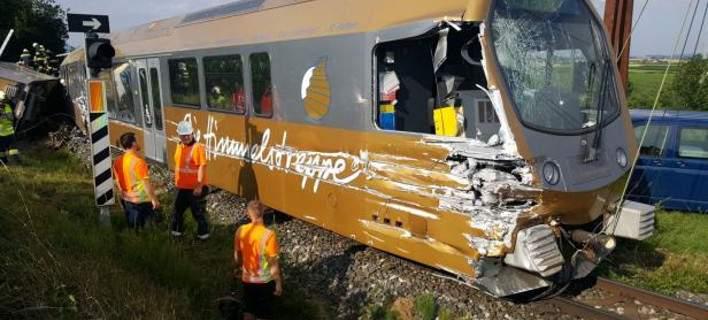 Εκτροχιάστηκε τρένο στην Αυστρία: Δεκάδες τραυματίες, οι δύο σοβαρά
