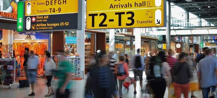 ΑΑΔΕ: Αφορολόγητα, μεταφορές μετρητών, ατέλειες. Ολα όσα πρέπει να γνωρίζουν οι ταξιδιώτες
