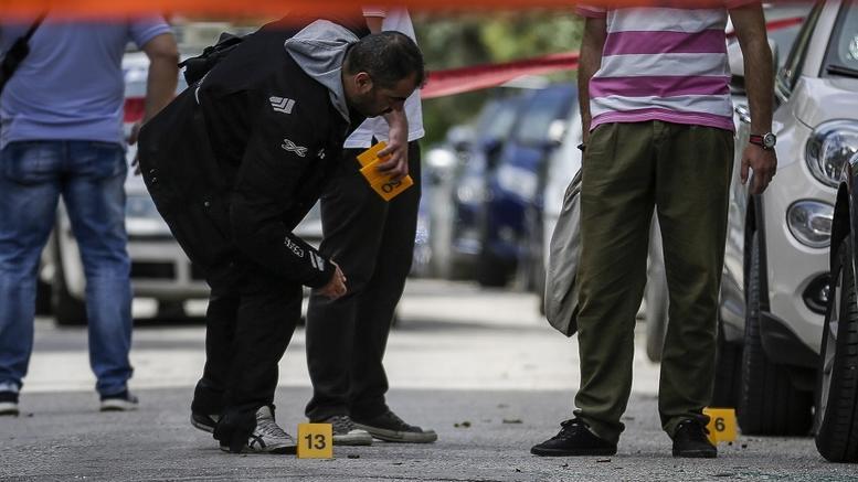 Εκτέλεση στο Π. Φάληρο: «Ορφανό» DNA και αποτυπώματα στο όπλο