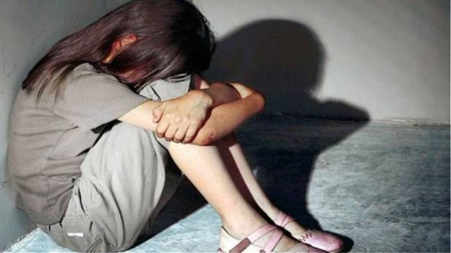 Θεσσαλονίκη: Βίαζαν και εξέδιδαν 12χρονη εις γνώση της μητέρας της!