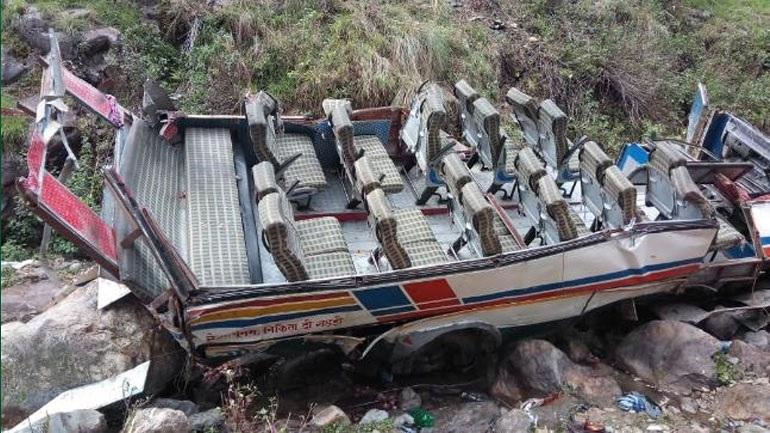 Τουλάχιστον 44 νεκροί από τροχαίο με λεωφορείο στη βόρεια Ινδία