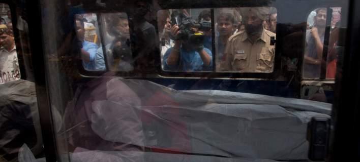 Μυστήριο στην Ινδία: Βρέθηκαν δέκα μέλη οικογένειας απαγχονισμένα