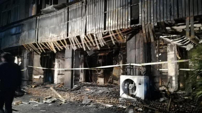 Πυρκαγιά κατέστρεψε μεγάλο εργοστάσιο στη Μπανγκόνγκ