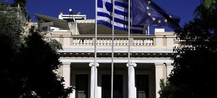 Μαξίμου για Σκοπιανό: Παράθυρο για κύρωση της συμφωνίας από 180 βουλευτές