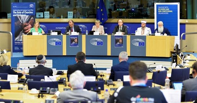 Σε διεθνές σεμινάριο στο Ευρωκοινοβούλιο ο Μητροπολίτης Δημητριάδος