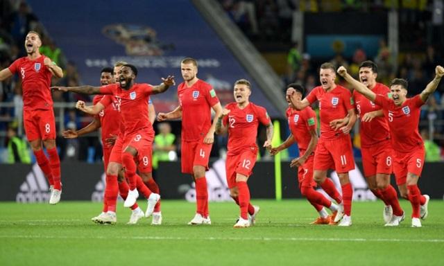 Αυτή η Αγγλία σπάει καρδιές και... κατάρες!