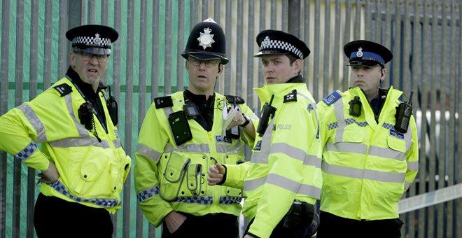 Βρετανία: Σε κρίσιμη κατάσταση δύο άτομα που εκτέθηκαν σε άγνωστη ουσία