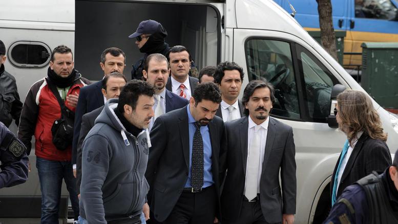 Πολιτικό άσυλο και σε τρίτο Τούρκο αξιωματικό, από τους 8