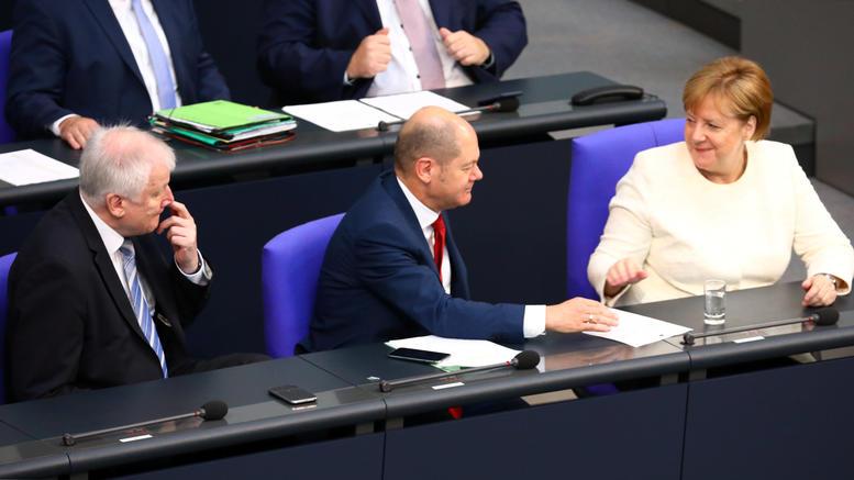 Τα βασικά σημεία της συμφωνίας Μέρκελ-Ζεεχόφερ για το άσυλο
