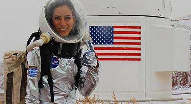 Το «Xρυσό Koρίτσι» της NASA είναι Ελληνίδα και έχει σαρώσει όλα τα βραβεία!