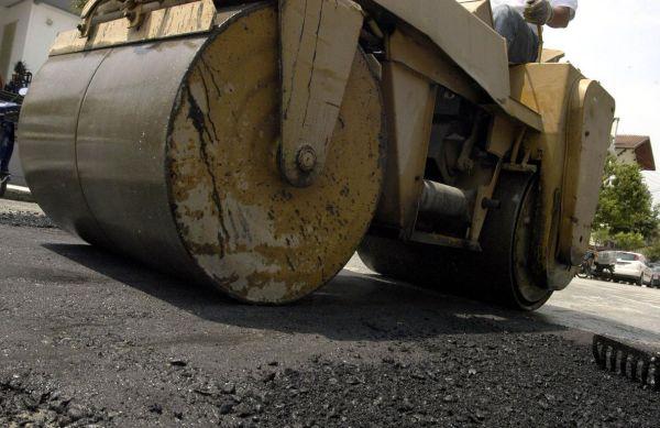 Εργα αποκατάστασης φθορών στον δρόμο Βόλος- Αγχίαλος- Μικροθήβες