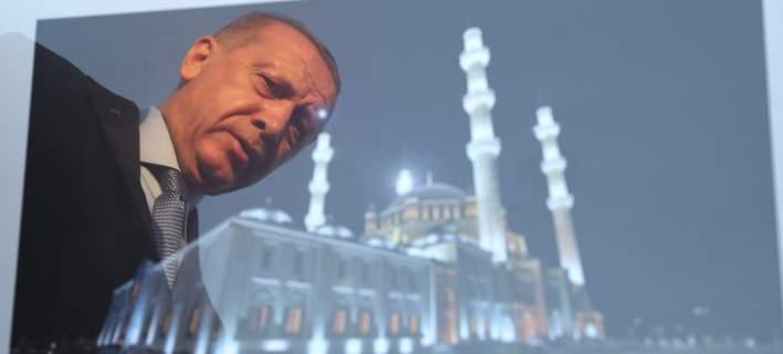 O Ερντογάν από τα Κατεχόμενα: Δεν θα επιτρέψουμε να γίνουν μειονότητα οι Τουρκοκύπριοι