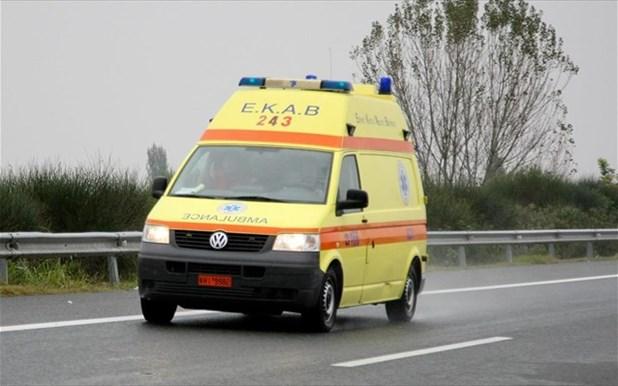 Στο νοσοκομείο ζευγάρι αγροτών μετά από εκτροπή τρακτέρ στη Ν. Λεύκη