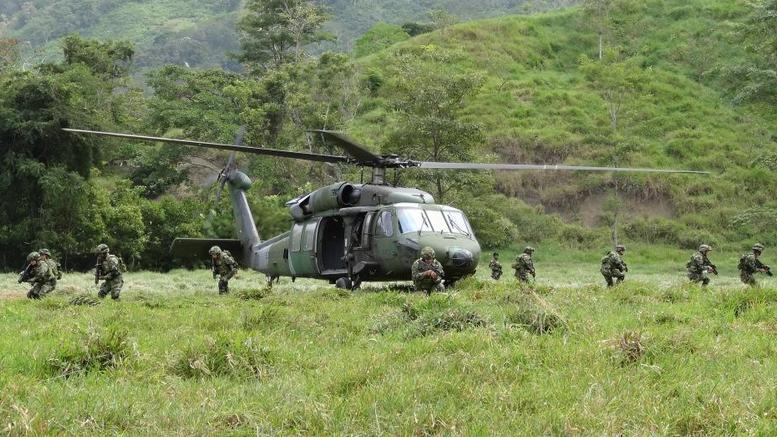 Κολομβία: Περισσότεροι από 16.000 εκτοπισμένοι από τις συγκρούσεις ανταρτών